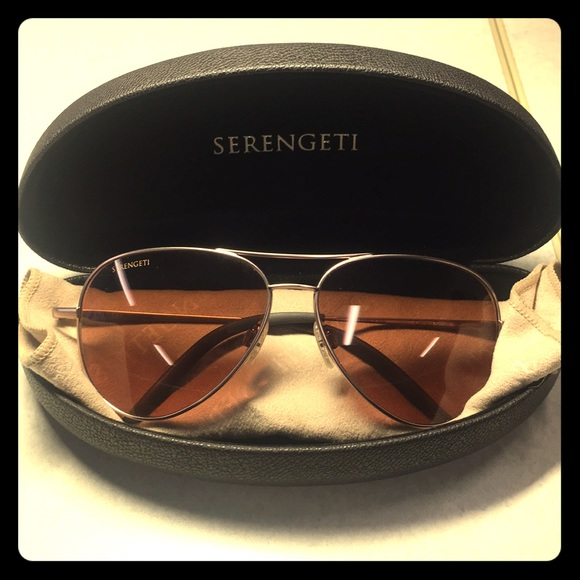 3db44f4da8f Serengeti Women s Aviator Sunglasses. M 5bb3b5834ab6336c09e7184f